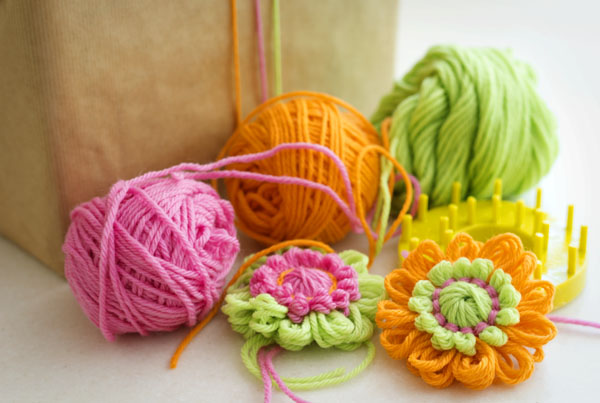 Thimbleanna: Yarn Flowers