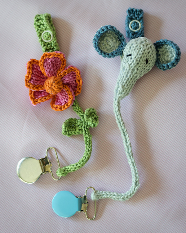 Thimbleanna: Pacifier Holders